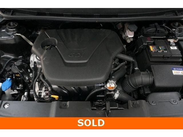 2017 Hyundai Accent 4D Sedan - 504438 - Image 14