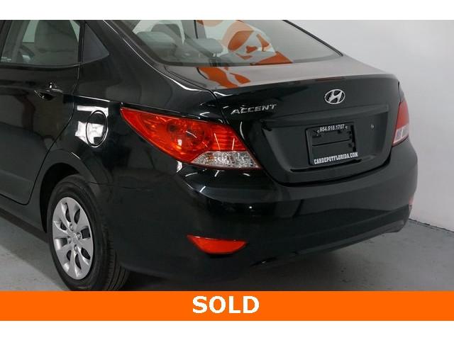 2017 Hyundai Accent 4D Sedan - 504438 - Image 11