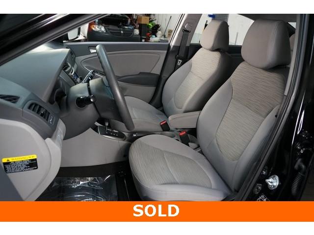 2017 Hyundai Accent 4D Sedan - 504438 - Image 19