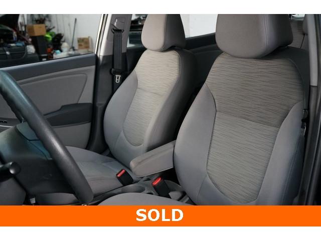 2017 Hyundai Accent 4D Sedan - 504438 - Image 20