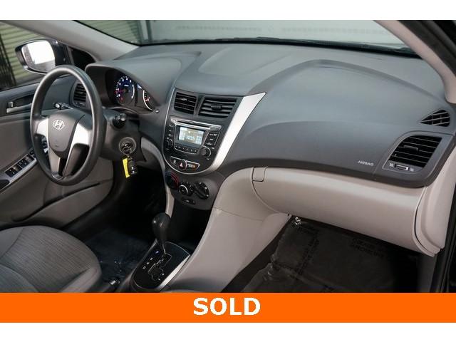 2017 Hyundai Accent 4D Sedan - 504438 - Image 29