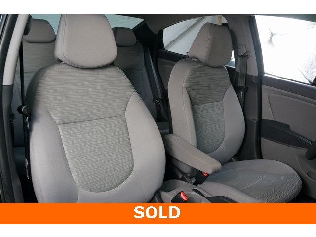 2017 Hyundai Accent 4D Sedan - 504438 - Image 30