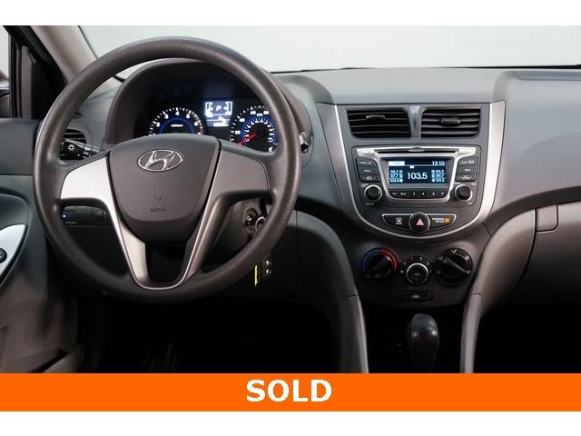 2017 Hyundai Accent 4D Sedan - 504438 - Image 32