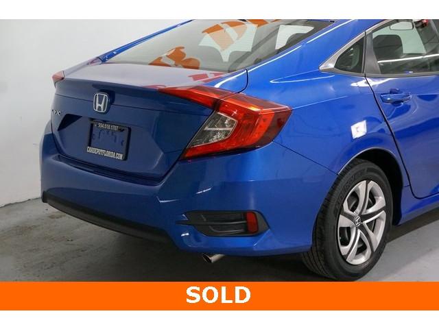 2016 Honda Civic 4D Sedan - 504599 - Image 12