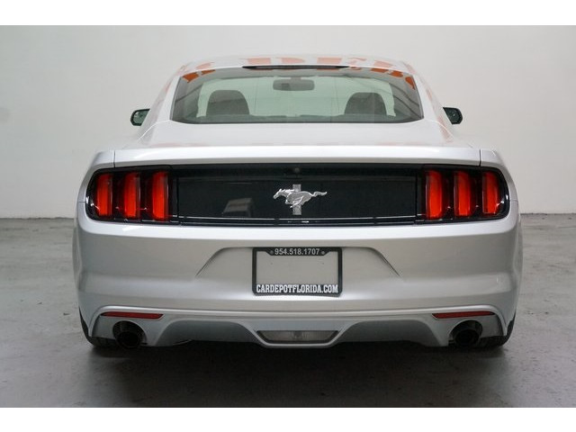 2015 Ford Mustang 2D Coupe - 504600 - Image 6