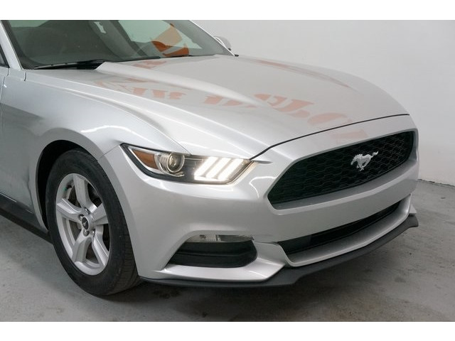 2015 Ford Mustang 2D Coupe - 504600 - Image 9