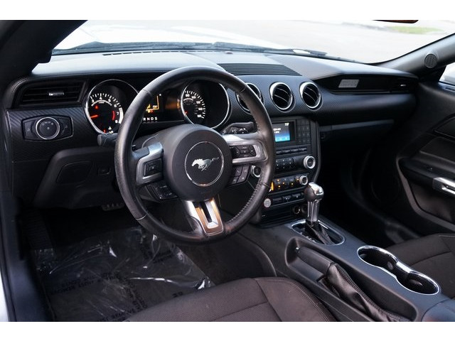 2015 Ford Mustang 2D Coupe - 504600 - Image 17