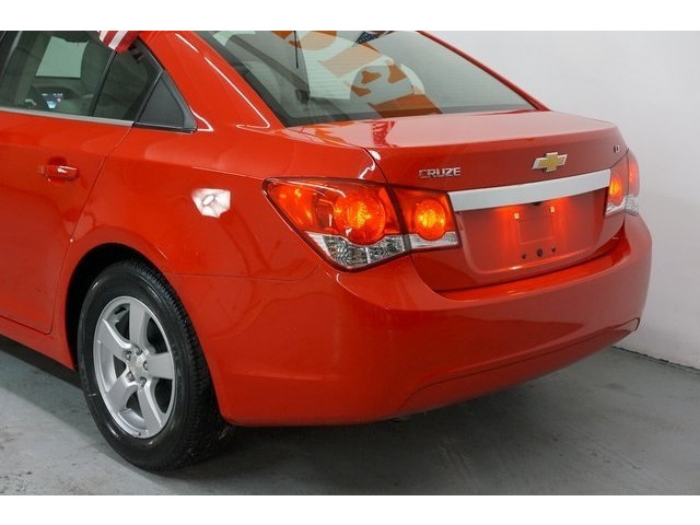 2016 Chevrolet Cruze Limited 4D Sedan - 504634S - Image 11