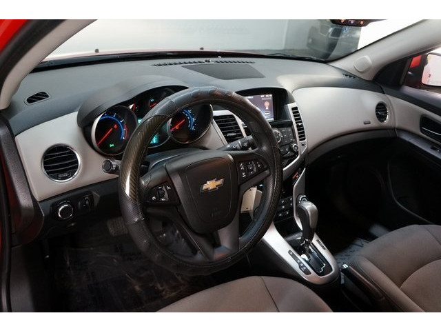 2016 Chevrolet Cruze Limited 4D Sedan - 504634S - Image 17