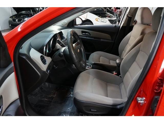 2016 Chevrolet Cruze Limited 4D Sedan - 504634S - Image 18