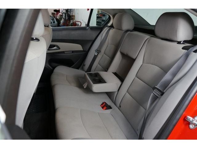 2016 Chevrolet Cruze Limited 4D Sedan - 504634S - Image 23