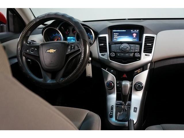 2016 Chevrolet Cruze Limited 4D Sedan - 504634S - Image 31