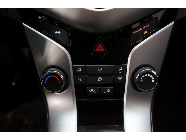 2016 Chevrolet Cruze Limited 4D Sedan - 504634S - Image 36