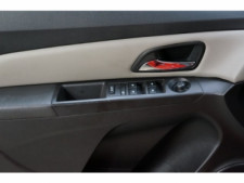 2016 Chevrolet Cruze Limited 4D Sedan - 504634S - Thumbnail 16