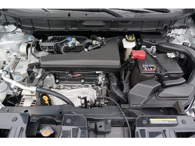 2018 Nissan Rogue 4D Sport Utility - 504650 - Image 13
