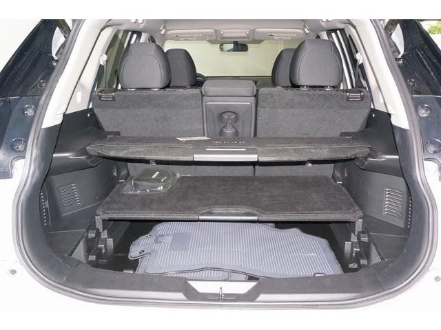 2018 Nissan Rogue 4D Sport Utility - 504650 - Image 14