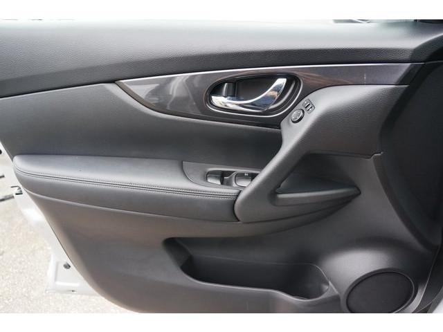 2018 Nissan Rogue 4D Sport Utility - 504650 - Image 15