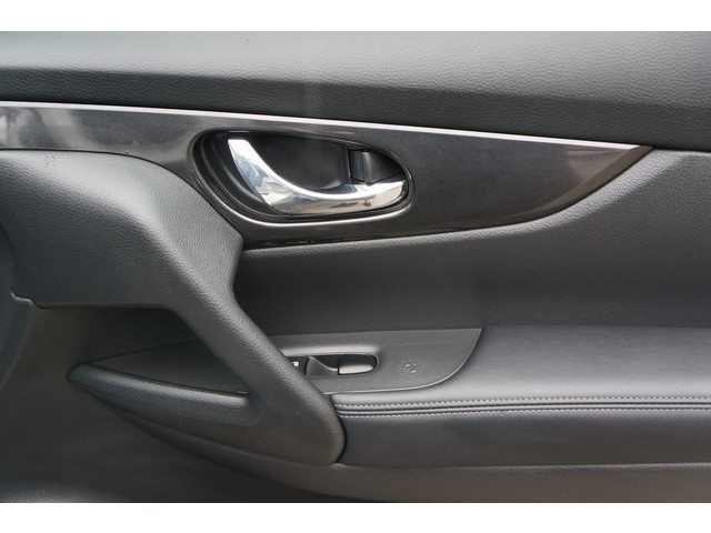 2018 Nissan Rogue 4D Sport Utility - 504650 - Image 27