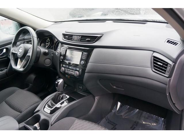 2018 Nissan Rogue 4D Sport Utility - 504650 - Image 28