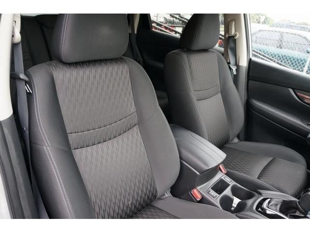 2018 Nissan Rogue 4D Sport Utility - 504650 - Image 29