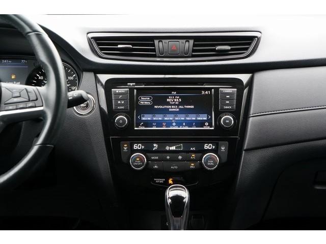 2018 Nissan Rogue 4D Sport Utility - 504650 - Image 32