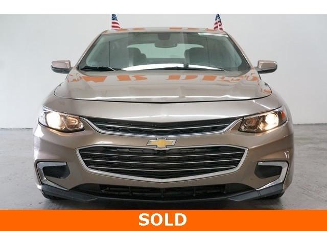 2018 Chevrolet Malibu 1LT 4D Sedan - 504652S - Image 2
