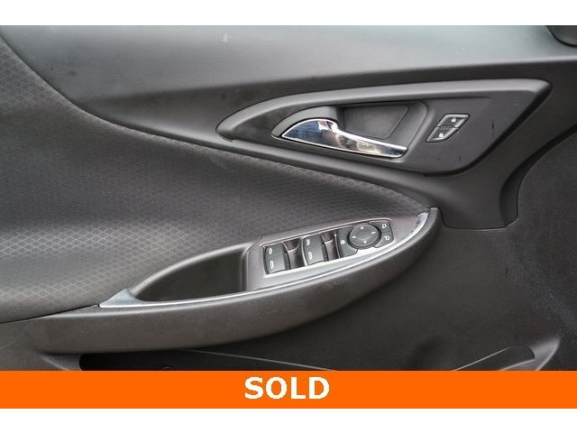 2018 Chevrolet Malibu 1LT 4D Sedan - 504652S - Image 16