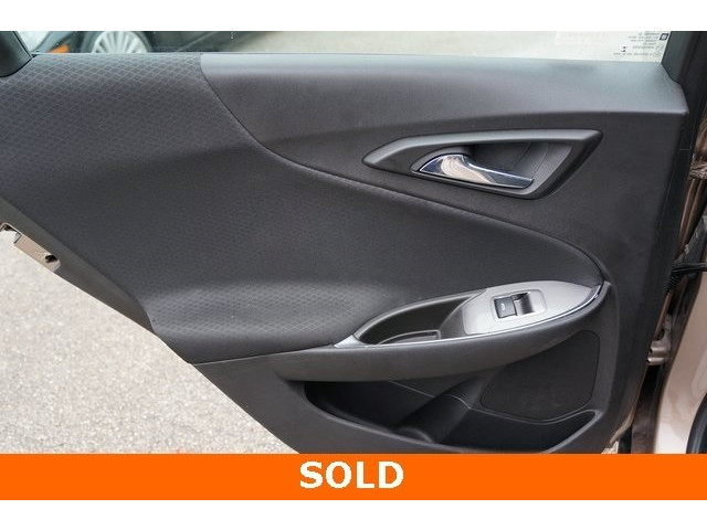 2018 Chevrolet Malibu 1LT 4D Sedan - 504652S - Image 22