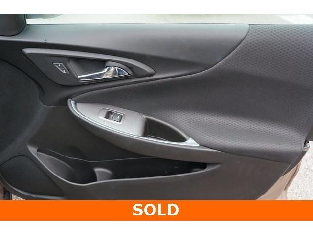 2018 Chevrolet Malibu 1LT 4D Sedan - 504652S - Image 25