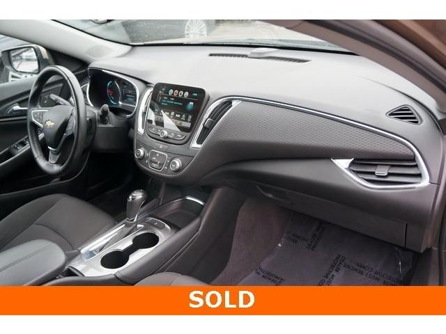 2018 Chevrolet Malibu 1LT 4D Sedan - 504652S - Image 26
