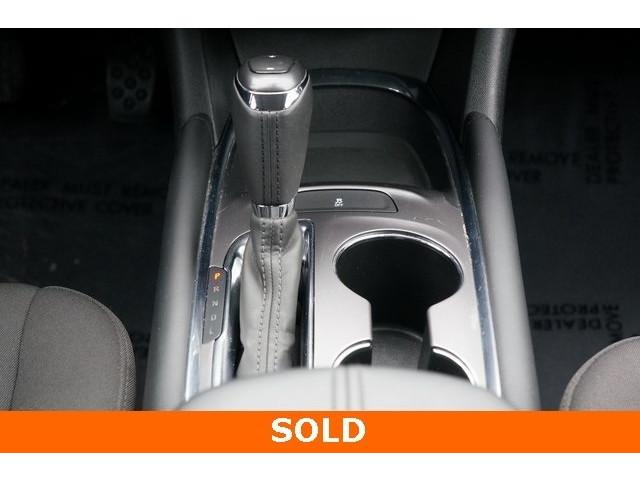 2018 Chevrolet Malibu 1LT 4D Sedan - 504652S - Image 36