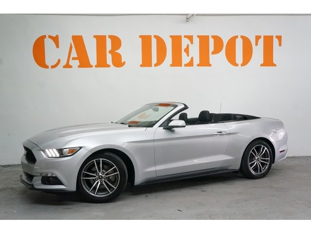 2015 Ford Mustang 2D Convertible - 504699C - Image 3