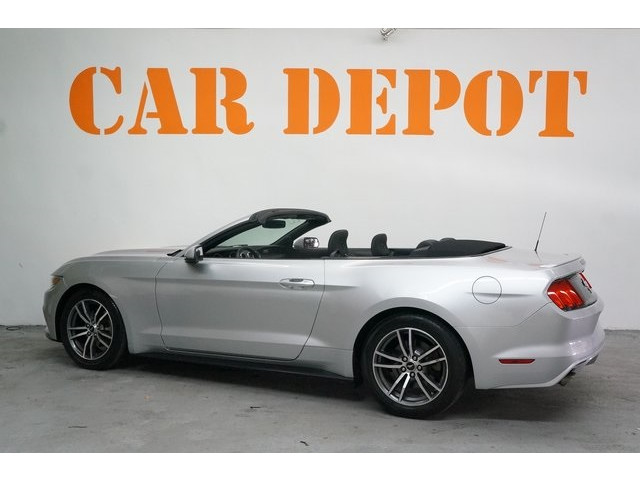 2015 Ford Mustang 2D Convertible - 504699C - Image 5