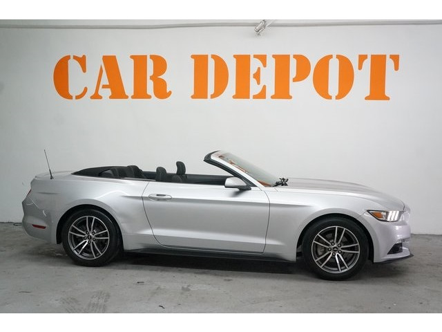 2015 Ford Mustang 2D Convertible - 504699C - Image 8