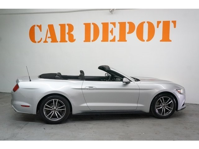 2015 Ford Mustang 2D Convertible - 504699C - Image 7