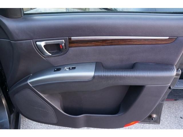 2011 Hyundai Santa Fe 4D Sport Utility - 504406S - Image 23