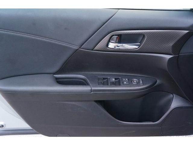 2017 Honda Accord 4D Sedan - 504785D - Image 16