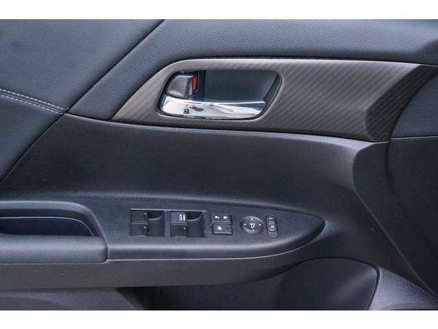 2017 Honda Accord 4D Sedan - 504785D - Image 17