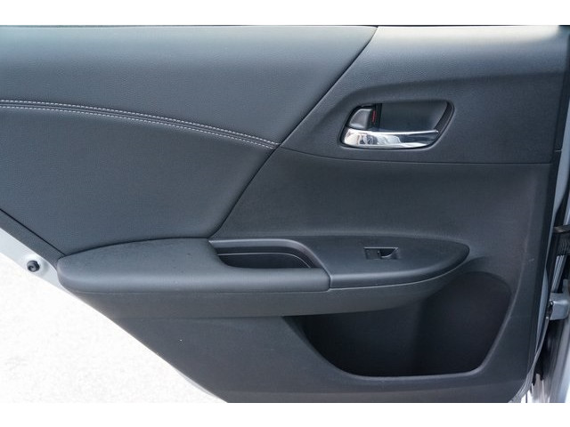 2017 Honda Accord 4D Sedan - 504785D - Image 22