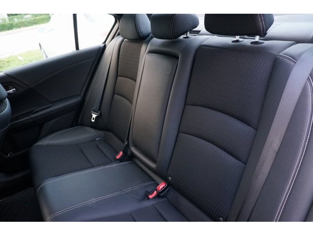 2017 Honda Accord 4D Sedan - 504785D - Image 24