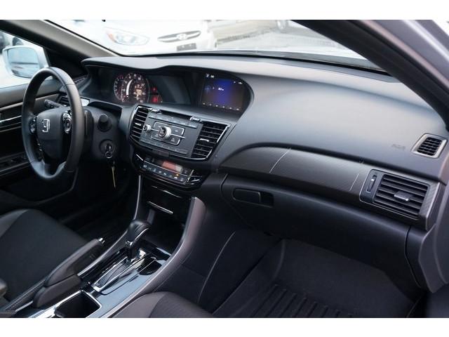 2017 Honda Accord 4D Sedan - 504785D - Image 26