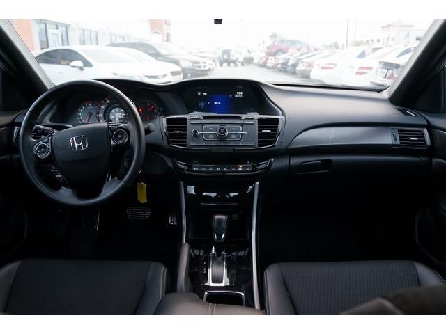 2017 Honda Accord 4D Sedan - 504785D - Image 28