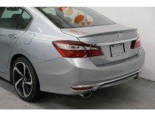 2017 Honda Accord 4D Sedan - 504785D - Thumbnail 11