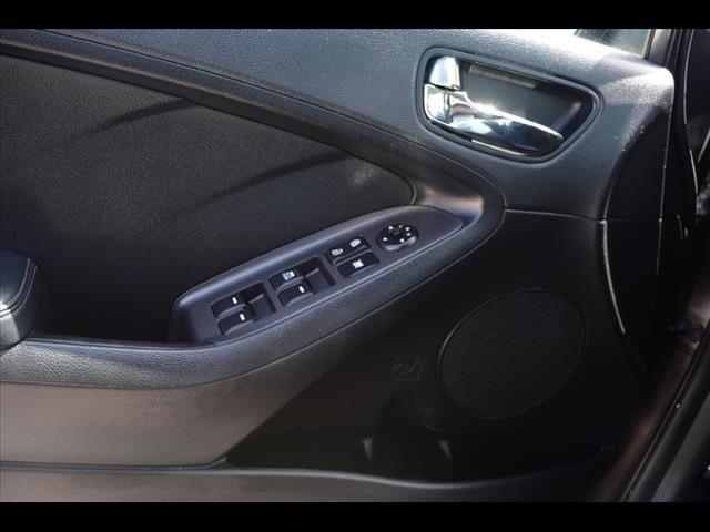 2014 Kia Forte  4D Sedan  - 502054F - Image 29