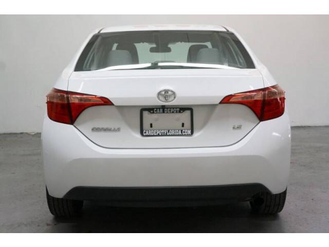 2019 Toyota Corolla LE Sedan - 504833 - Image 5