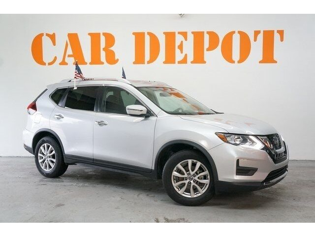 2018 Nissan Rogue SV Crossover - 504650 - Image 1