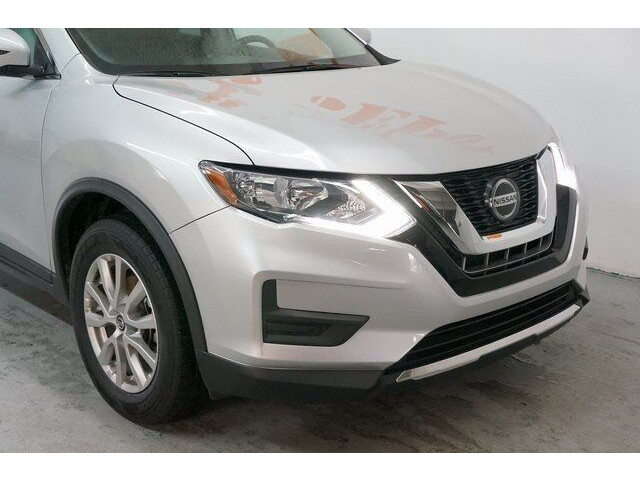 2018 Nissan Rogue SV Crossover - 504650 - Image 8