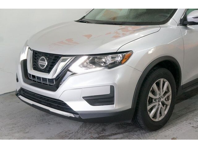 2018 Nissan Rogue SV Crossover - 504650 - Image 9