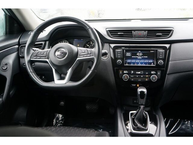 2018 Nissan Rogue SV Crossover - 504650 - Image 31