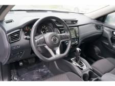 2018 Nissan Rogue SV Crossover - 504650 - Thumbnail 17
